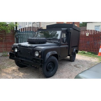 1985 LAND ROVER DEFENDER WEAPONS CARRIER EX-ARMY