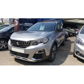 2018/MAR Registered PEUGEOT 3008 ALLURE NERA BLACK ROOF & MIRRORS